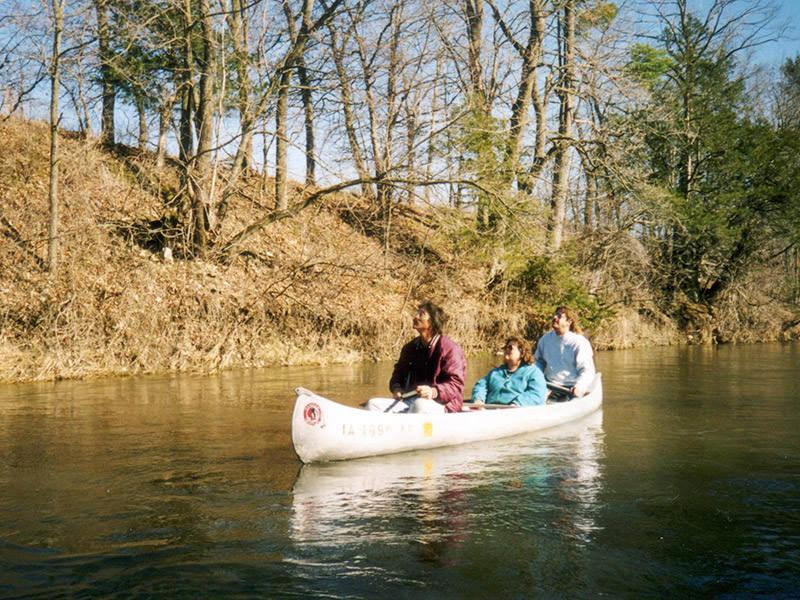 chimney-rocks-canoe